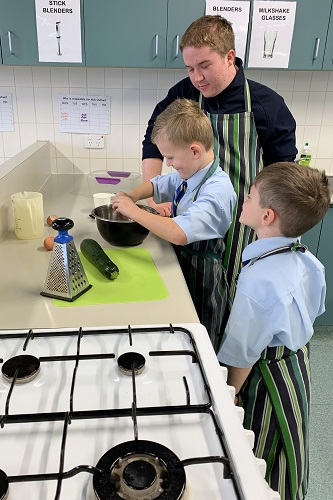 11 Cooking with Yr 12s July 28 15 JPS