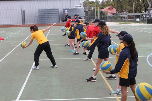 Wk 4 Volleyball Yr 6 Aug 8 2018 10 JPS