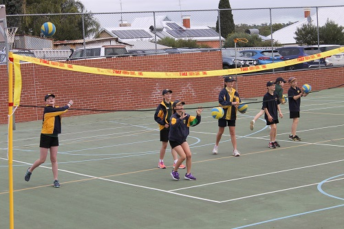 Wk 4 Volleyball Yr 6 Aug 8 2018 16 JPS